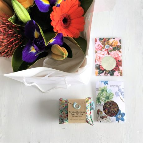 Anoint_Facial_floral_gift_package
